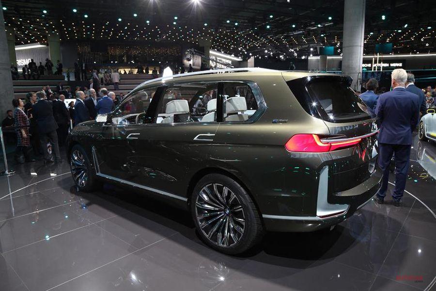 BMWコンセプトX7
