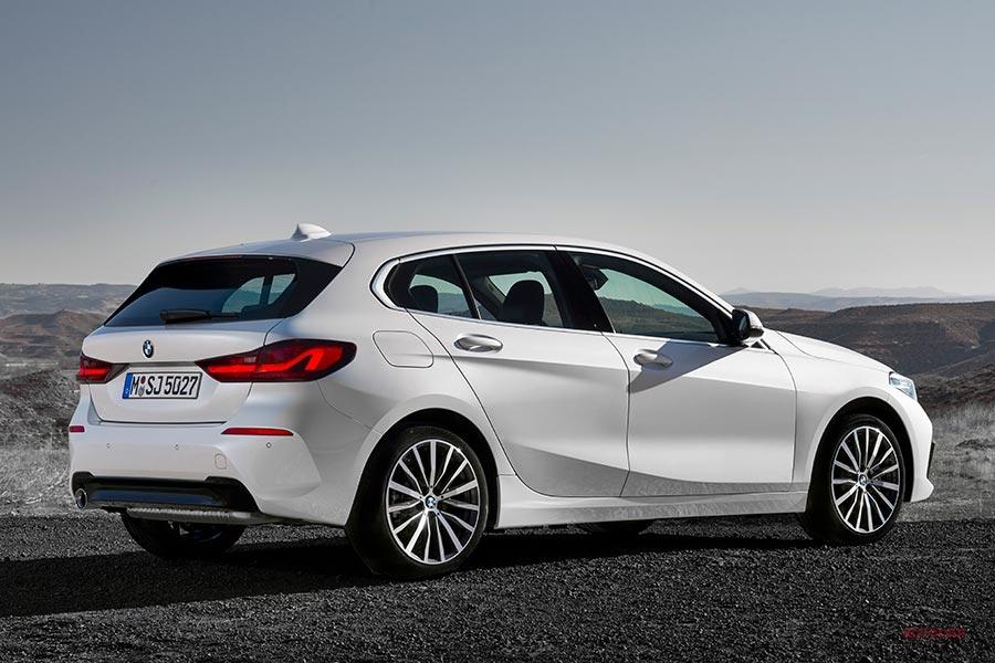 「新型BMW 118i(欧州仕様)」