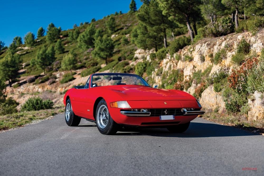 予想落札額2〜3億万円の1972年フェラーリ365GTS/4-A デイトナ・スパイダーは流札