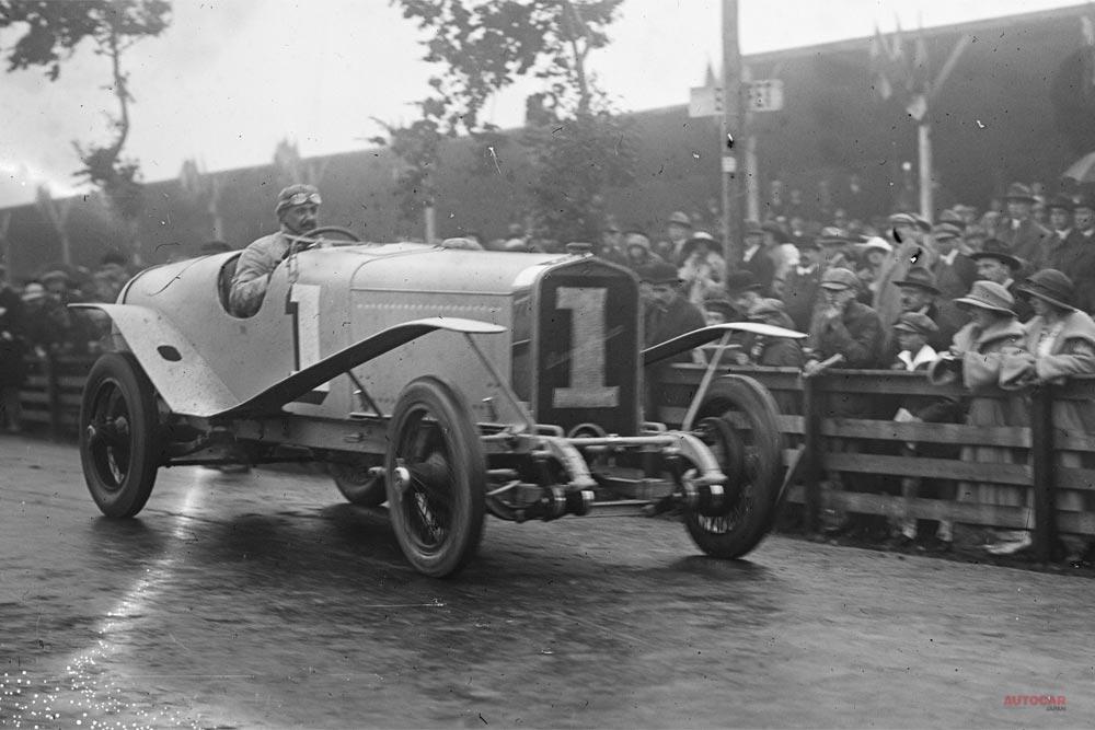 1922年のジョージ・ボワイヨ・カップを闘うイスパノ・スイザH6