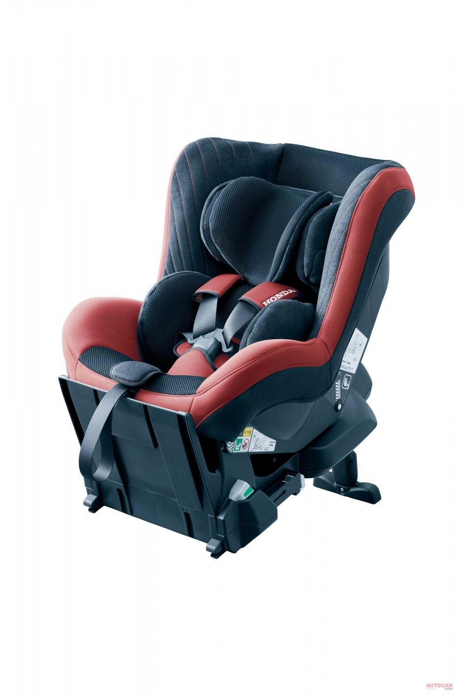 ホンダは自動車メーカー純正初のR129チャイルドシートを発売。