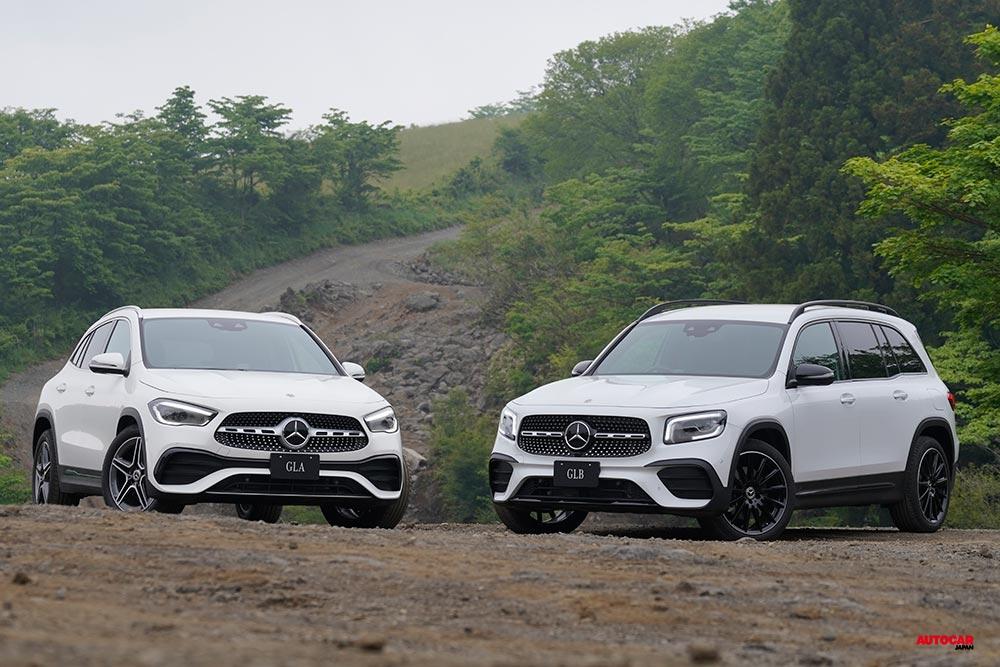 左が同日発表の2代目GLA、右がメルセデス・ベンツGLB 250 4マティック・スポーツ(AMGライン装備)。いずれも日本仕様。