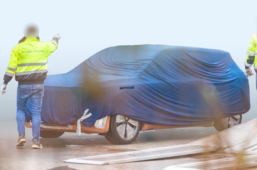 フォードが欧州向けに開発中の電動小型SUV